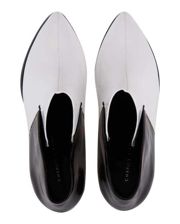 کفش مجلسی زنانه سفید مشکی CHARLES & KEITH