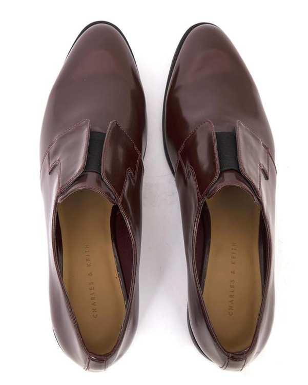 کفش ورنی زنانه زرشکی Charles & Keith