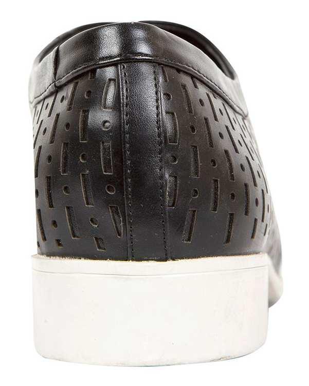 کفش رسمی زنانه مشکی Charles & Keith