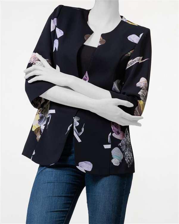 کت زنانه کرپ حریر مشکی گلدار آیلار