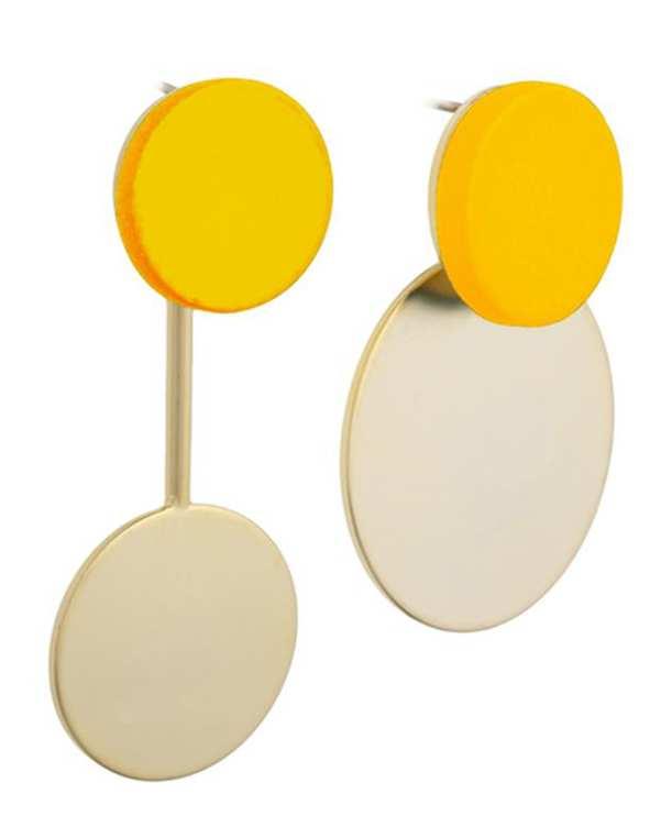 گوشواره تا به تا میخی گرد زرد و طلایی مات کامیلا کنتی