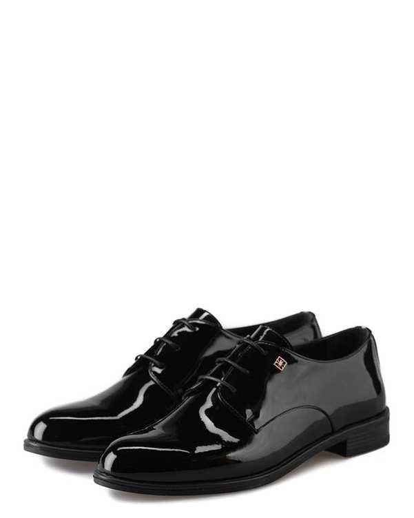 کفش چرم گاوی ورنی زنانه رسمی مشکی براق درسا