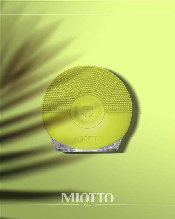 برس پاکسازی شارژی صورت مدل Lominoso لیمویی Miotto