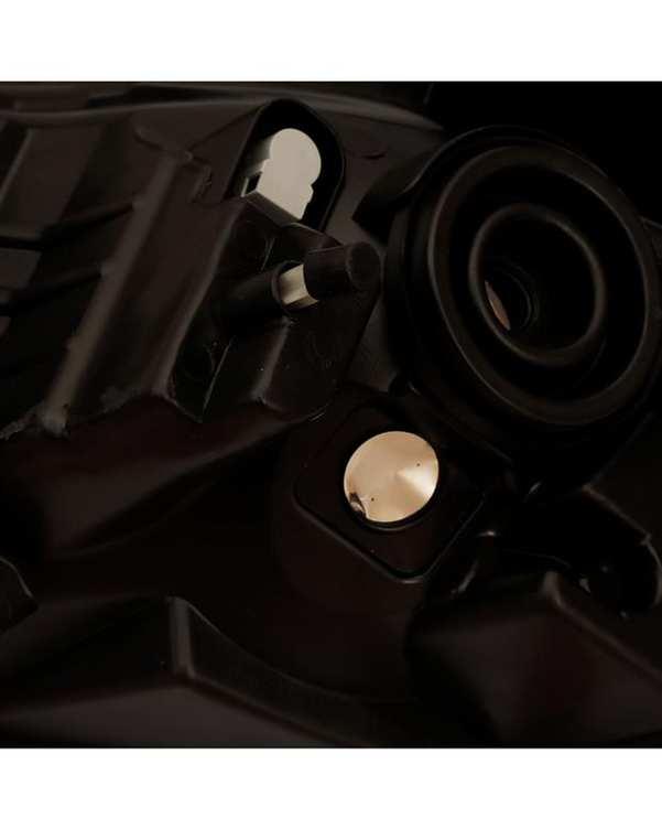 چراغ جلو راست مدل FT-2025 مناسب رنو ساندرو استپ وی