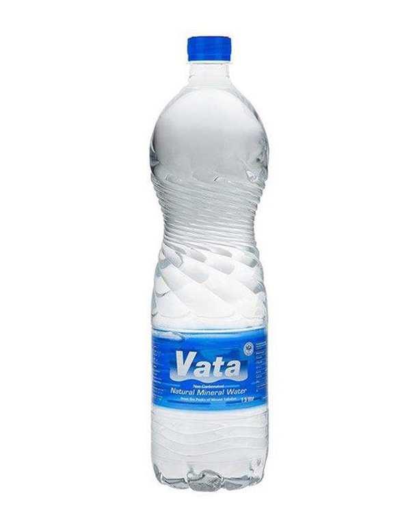 آب معدنی 1500 میلی لیتری واتا